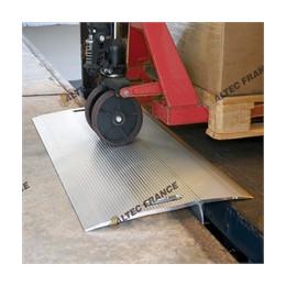 Pont de chargement amovible en alu 1500 x 1250 / 600kg/43kg